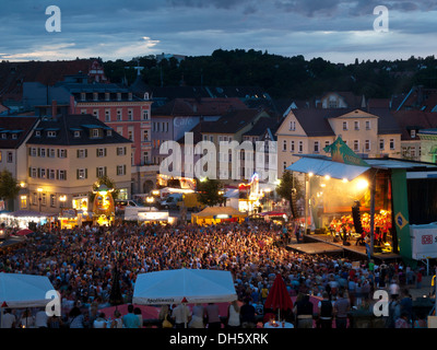 Samba festival Coburg, stadio nel Schlossplatz square, Schloss Ehrenburg castello Coburg, Alta Franconia, Franconia, Foto Stock