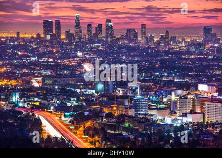 Il centro cittadino di Los Angeles, California, Stati Uniti d'America skyline all'alba. Foto Stock