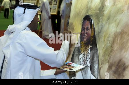 Pittore araba nel tradizionale dishdash indumenti Foto Stock