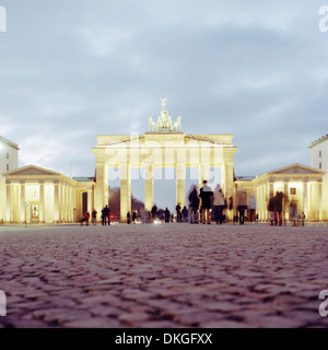 Porta di Brandeburgo Pariser Platz, Berlin, Germania Foto Stock
