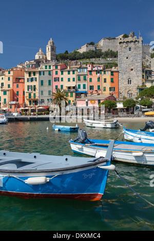 L'Europa, villaggio, sul mare Portovenere, barche, Italia, UNESCO patrimonio mondiale, costa, Cinqueterre, Mediterraneo, Foto Stock