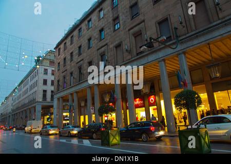 Via Roma, la strada principale della città di Torino Piemonte Italia del nord Europa