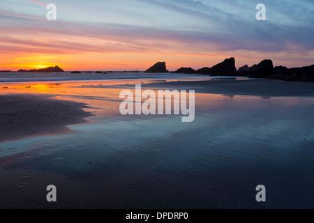 Tramonto sulla spiaggia di Harris sul southern Oregon Coast. Brookings, Oregon. Stati Uniti d'America Foto Stock