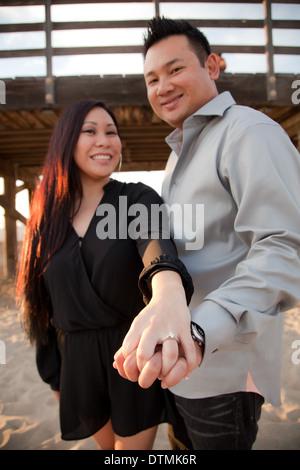 asiatico baci Dating sito presentazione ciò che è datazione come a New York City