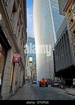 20 Fenchurch Street (la) Walkie-Talkie mostrante la costruzione Leadenhall in distanza, City of London, England, Foto Stock