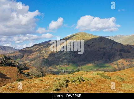 Nab cicatrice e Rydal acqua, visto dal Loughrigg Fell, Parco Nazionale del Distretto dei Laghi, Cumbria, England Regno Unito Foto Stock