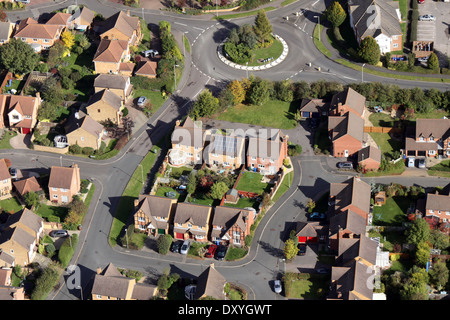 Vista aerea della sede moderna con pannelli solari sul tetto Foto Stock