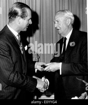 Il principe Filippo awards David Bruce