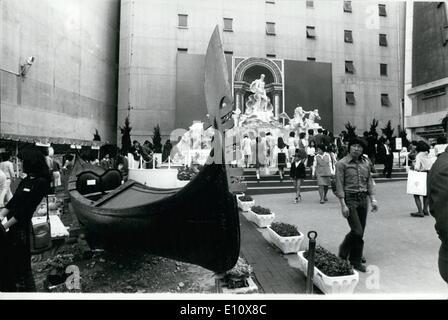 Maggio 05, 1974 - Giapponese è ora in grado di vedere la fontana in Tokyo. : Con la galoppante inflazione e la mancanza Foto Stock