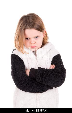 Arrabbiato giovane ragazza isolato in bianco Foto Stock