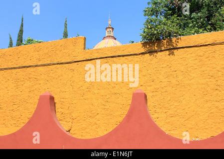 I colori luminosi di San Miguel De Allende, Guanajuato, Messico Foto Stock