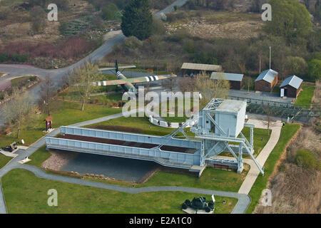 Francia, Calvados, Ranville, Museo ponte Pegasus, Benouville Bridge o ponte Pegasus, ponte levatoio attraverso il Foto Stock