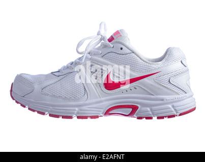 Sfondo Scarpe Hrqhx76d Isolati Foto Bianco Dart 9 Running White Nike Su wPyvNO8nm0