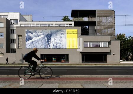 Germania, Berlino Mitte e Prenzlauer Berg area, Memoriale del Muro di Berlino, Bernauer Strasse, il Mauer Gedenkstatte Foto Stock
