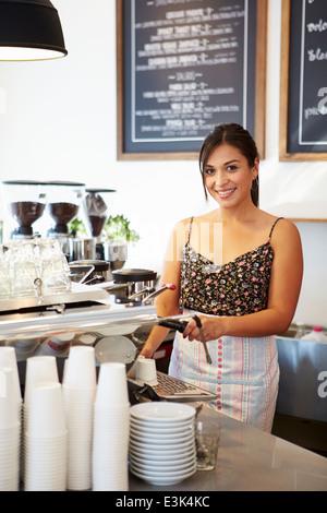 Proprietaria del Coffee Shop Foto Stock