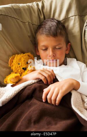 bambino addormentato Foto Stock