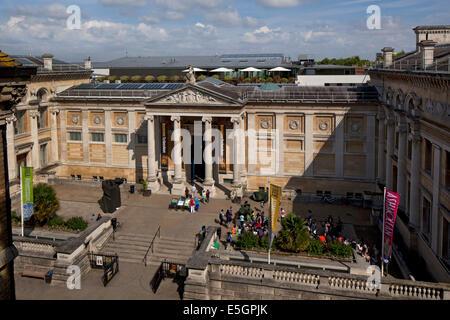 Facciata principale e ingresso al museo Ashmolean Museum di Oxford,Oxfordshire,Inghilterra Foto Stock