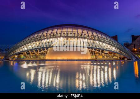 Hemisferic, Ciudad de las Artes y las Ciencias o Città delle Arti e delle Scienze di Valencia, Comunidad Valenciana, Foto Stock