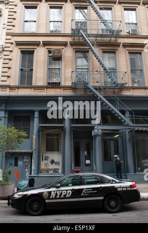 Via di Fuga in caso di incendi, Tribeca, Manhattan, New York, New York. Una via di fuga in caso di incendi è un Foto Stock
