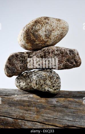 Tre Pietre su ogni altra foto verticale Foto Stock