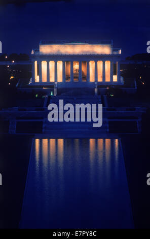 Il Lincoln Memorial a Washington DC di notte Foto Stock