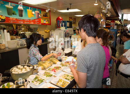Ristorante vietnamita, food court, Asian Garden Mall, City of Westminster, Orange County, California Foto Stock