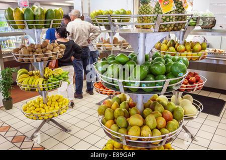 Miami Florida Tamiami per voli Sentiero El Palacio de los Jugos ristorante cubano display vendita produrre mango Foto Stock