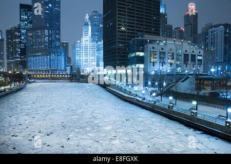 Skyline di Chicago in inverno, Illinois, Stati Uniti