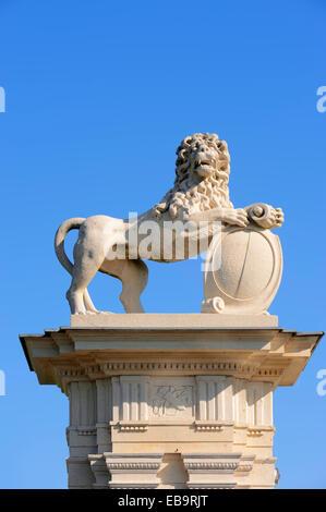 Lion scultura, Schloss Nordkirchen palace, un barocco Castello moated accomodante Fachhochschule für Finanzen NRW university