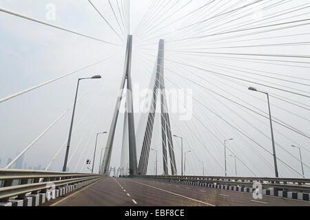 India Mumbai cavalcavia di ponte Foto Stock