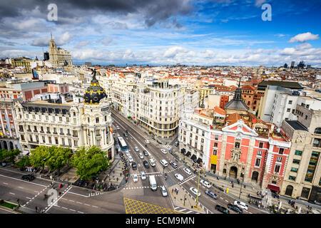 Madrid, Spagna cityscape sopra Gran Via strada dello shopping. Foto Stock