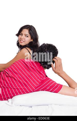Indian bella giovane romanticismo Foto Stock