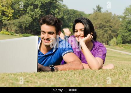 2 coppia indiana park di lavoro portatile Foto Stock