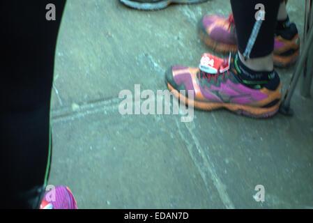 Alamy cliveden in una nebbiosa & frosty mattina di gennaio il Burnham jogger tenuto il loro annuale 10k eseguito, Foto Stock