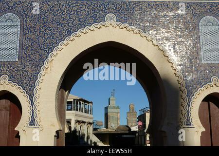 Bab Bou Jeloud gate, di Fez, Marocco Foto Stock