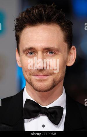 Tom Hiddleston arriva sul tappeto rosso per l'EE BRITISH ACADEMY FILM AWARDS su 08/02/2015 at Royal Opera House, Londra. Foto di Julie Edwards