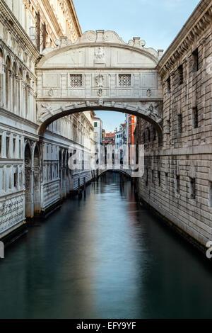 Ponte dei Sospiri o il Ponte dei Sospiri, Venezia, Veneto, Italia