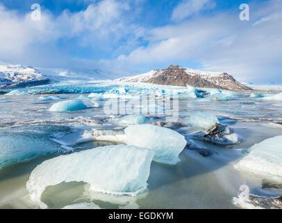 Congelati Fjallsarlon laguna iceberg in inverno Islanda Europa Foto Stock