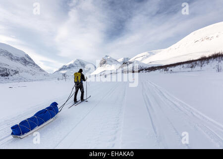 Sciare a Kebnekaise area di montagna, Kiruna, Svezia, Europa UE Foto Stock