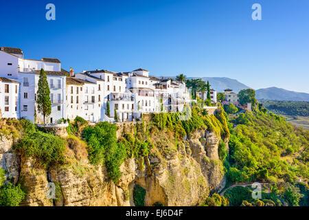 Ronda, Spagna città vecchia cityscape sulla Tajo Gorge. Foto Stock