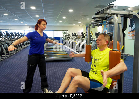 I Paesi Bassi. Naaldwijk. 21-01-2015. Fitness con personal trainer. Foto Stock