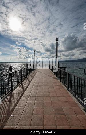 Antica città di Anguillara Sabazia sul Lago di Bracciano - Italia ...