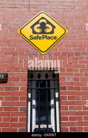 Luogo sicuro segno sulla stazione di Fuoco Muro - Washington DC, Stati Uniti d'America Foto Stock