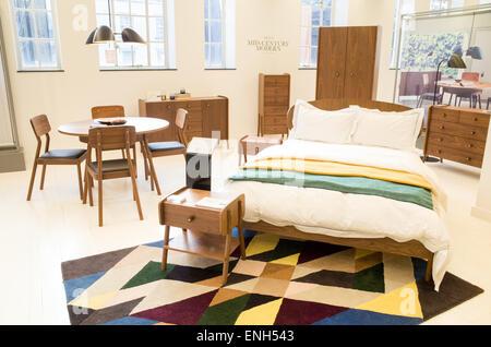 Guarire il negozio mobili, London, England, Regno Unito Foto Stock