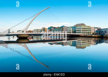Samuel Beckett ponte sopra il fiume Liffey, Dublino, County Dublin, Repubblica di Irlanda, Europa