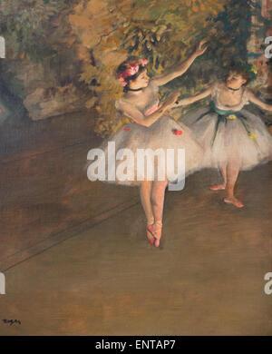ActiveMuseum_0006322.jpg / due dansers su un palco di Degas era affascinato dai balletti. Tesi ballerini sono probabilmente eseguendo il Balletto des Roses a Paris Opera durante la prestazione di Mozart del Don Giovanni. 22/01/2014 - / xix secolo Collezione / Museo attivo Foto Stock