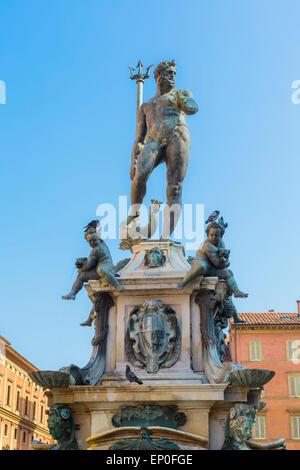 Bologna, Emilia Romagna, Italia. La fontana di Nettuno, o la Fontana di Nettuno in Piazza del Nettuno. La fontana risale alla metà del-