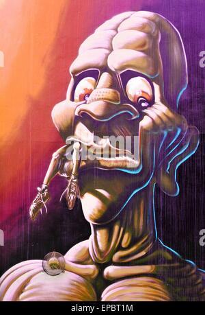 NOTTINGHAM, Regno Unito - 1 Aprile 2015: dettaglio della street art abstract graffiti raffiguranti un mostro in Nottingham East Midlands, Inghilterra