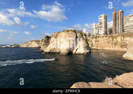 Beirut a Pigeon Rocks Foto Stock