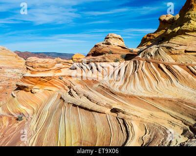 Scena dalla bella formazione geologica di colorati in arenaria ripiegato noto come 'l'onda.' Nord Coyote Buttes, Foto Stock